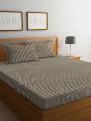 portico-new-york-brown-navy-blue-solid-flat-300-tc-cotton-1-king-bedsheet-with-2-pillow-covers
