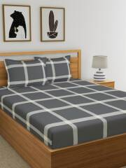 home-ecstasy-grey-off-white-geometric-140-tc-cotton-1-queen-bedsheet-with-2-pillow-covers-3